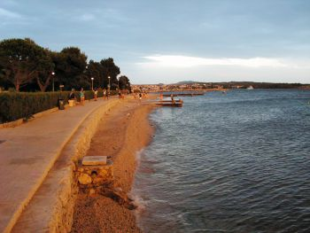 Novalja - pobřežní pláž